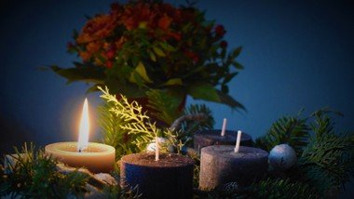 Advent at St. C's: Sunday Livestream Returns to 10am