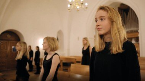 Brønshøj Kirkes Pigekor synger 'Selmas sang'