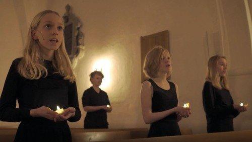 Brønshøj Kirkes Pigekor synger 'En stjerne skinner i nat.