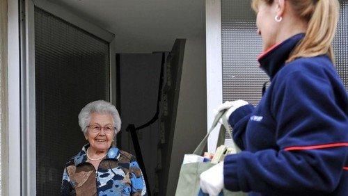 Die Malteser suchen ehrenamtliche Helfer und Helferinnen für den Einkaufsdienst