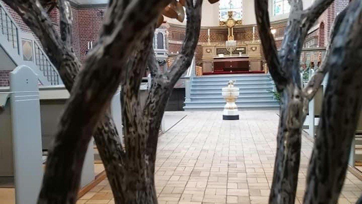 Lutherkirken er åben