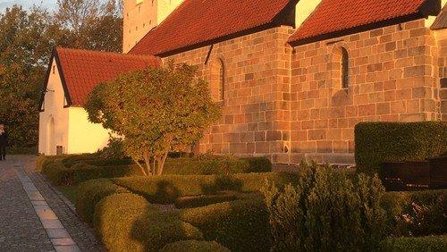 Corona-opdatering: Kirkekontoret er lukket for personlige henvendelser