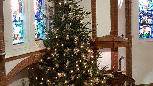 Musikalische Andacht  mit Abschied vom Weihnachtsbaum  am  Sonntag, den 17. Januar 2021 um 17 Uhr