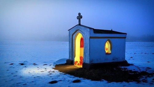Zoom-Passionsandacht: gemeinsam beten - gegen die Einsamkeit