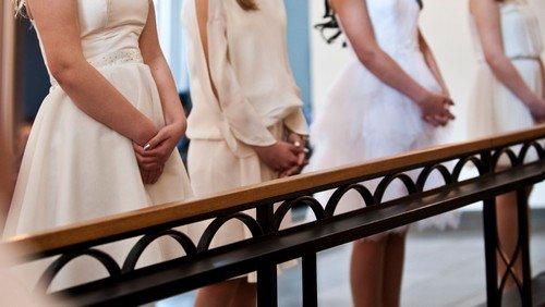 Nye datoer for konfirmationer i Rold og Vebbestrup kirker