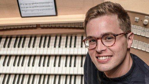 Jul ved orglet med Jonas Hellesøe lørdag kl. 16