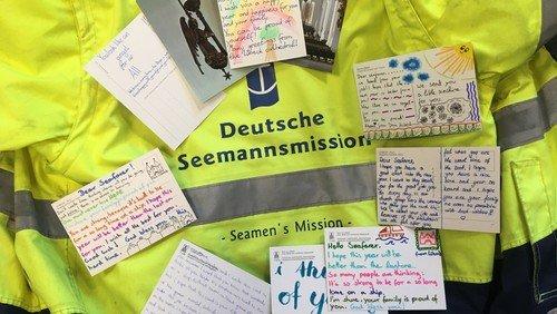 Die Dom-Konfirmand:innen in der Lübecker Hafenrundschau