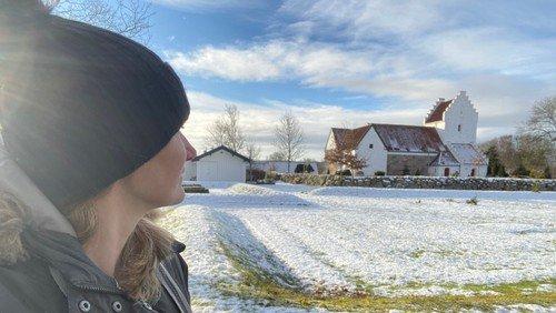 Vinter ved Sønder Tranders Kirke, klik for billedserie