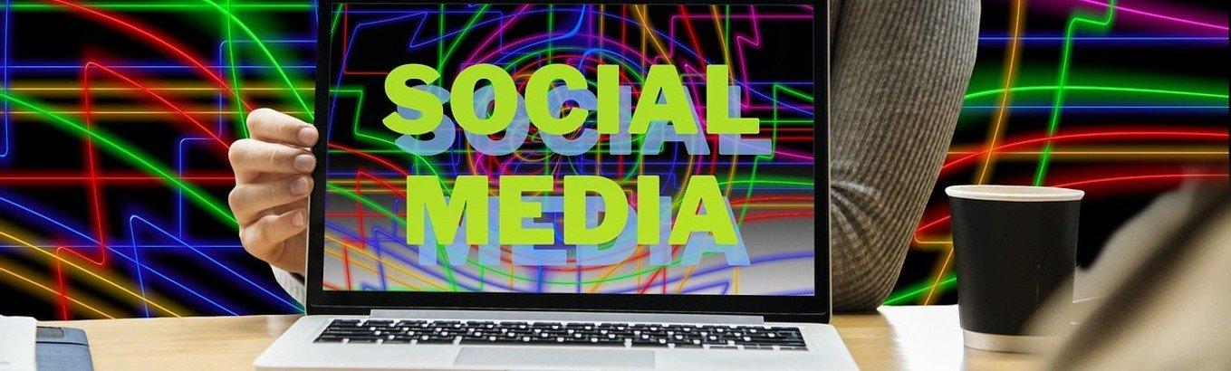 Mitarbeiter*in für Social Media (m/w/d) in Vollzeit