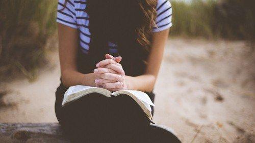 Hvad er bøn - videohilsen fra Kristoffer Simonsen