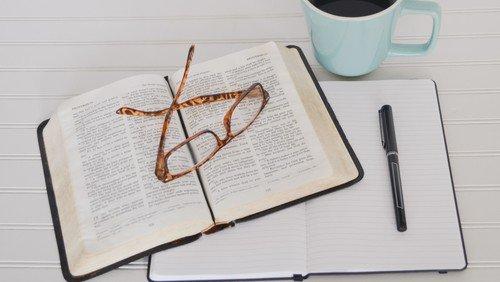 Ab Montag: Online-Bibelgespräch der Gladenbacher Kirchengemeinden