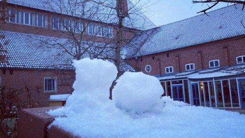 Einen Schneemann basteln