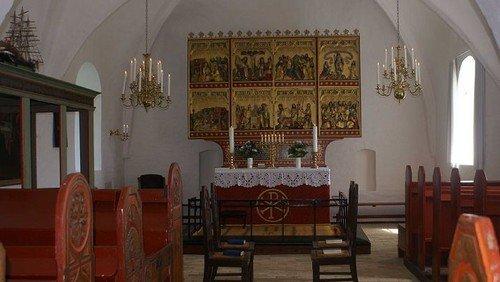 Tibirke kirke skal kalkes indvendig