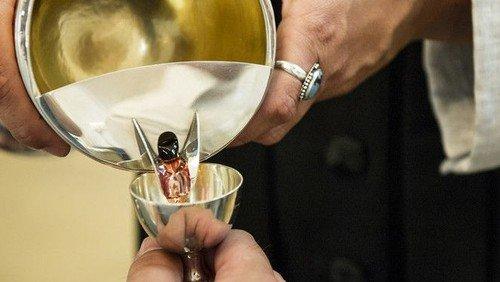 Genoptagelse af nadver i Skelund og Visborg kirker