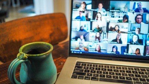 Gottesdienste mit virtuellem Kirchenkaffee