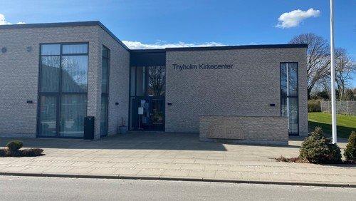 Thyholm Kirkecenter er åben for personlig henvendelse