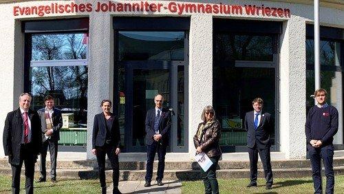 Bischof Dr. Christian Stäblein besuchte die Evangelischen Johanniter-Schulen Wriezen