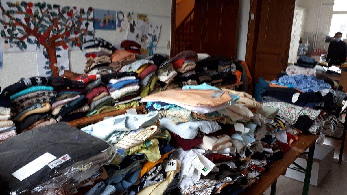 Alles muss raus - Winterschluss in unserer Kleiderkammer
