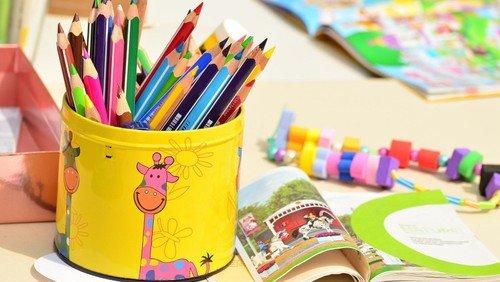 Nordstern-Kindergarten baut Weidentippis