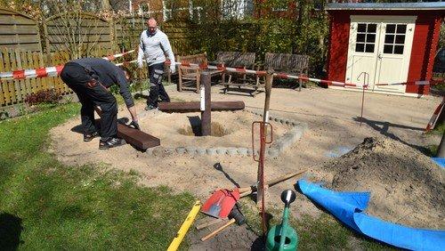 Alles neu macht der Mai - z.B. eine neue Sandkiste auf dem Spielplatz am Gemeindehaus