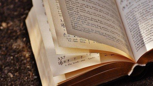 Neues Evangelisches Gesangbuch: Schick uns dein Lied!