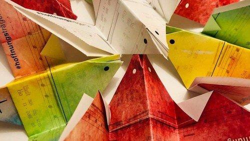 Eine Taube wird Hoffnungsträger*in - Origami-Taube zum Basteln