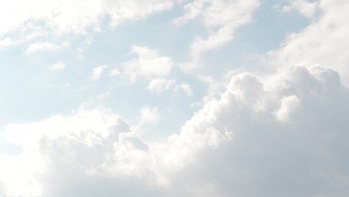 Durch die Wolken