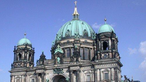 Himmelfahrt-Gottesdienst mit der Lyrikerin Daniela Danz im Berliner Dom