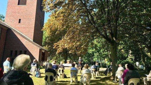 Pfingsten - es waren alle wieder beieinander (Apg 2,1) Wir feiern in der St. Simeon-Kirche