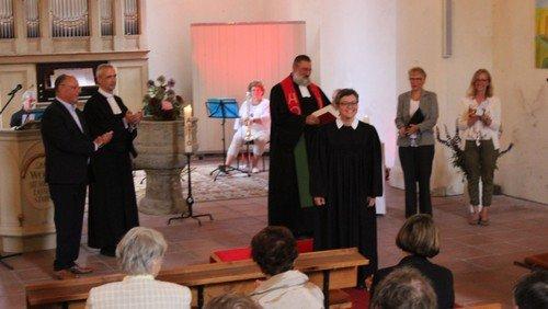 Bilder  zum Gottesdienst zur Einführung von Pfarrerin Christiane Moldenhauer