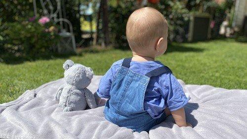 Eltern-Kind-Spielgruppe Open Air für Babys von 4-12 Monaten