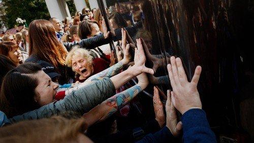 Oppositionsführerin aus Belarus in Berliner Gethsemanekirche