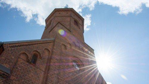 Åben Kirke i sommertiden