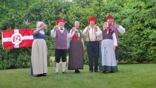 Folkdancers celebrates Skt Hans