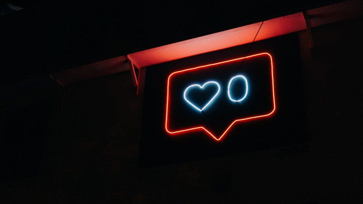 """Ein herzliches """"Hallo"""" und Willkommen zum Social-Media-Blog!"""