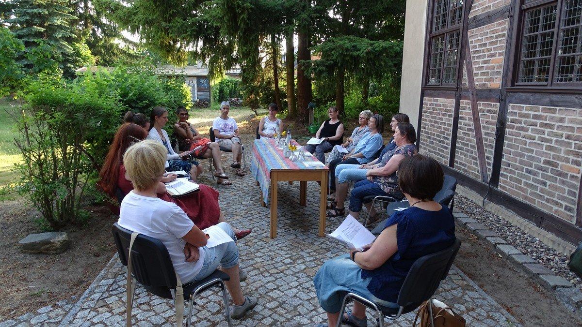 Endlich wieder miteinander! - Ökumenischer Frauenkreis