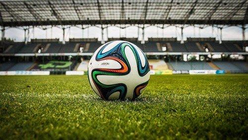 Fodboldspillere beder da også til Gud!