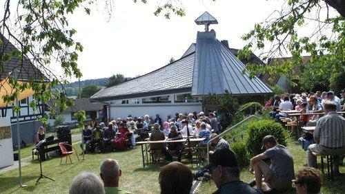 Musikalischer Abend im Lebenshaus-Garten + Pilgertag am Samstag