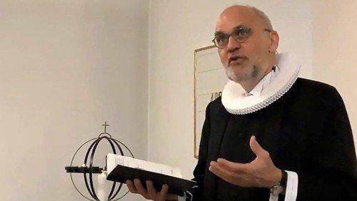 Hans-Henrik 30 år som præst i Humlebæk