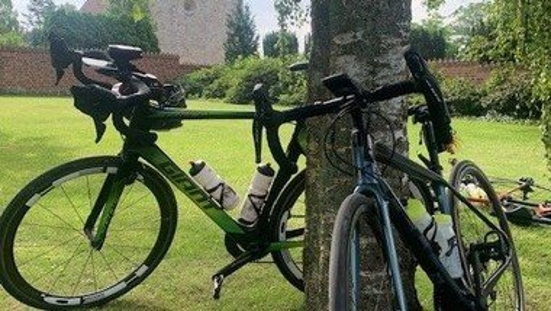 Cykelhold havde pitstop i Tveje Merløse