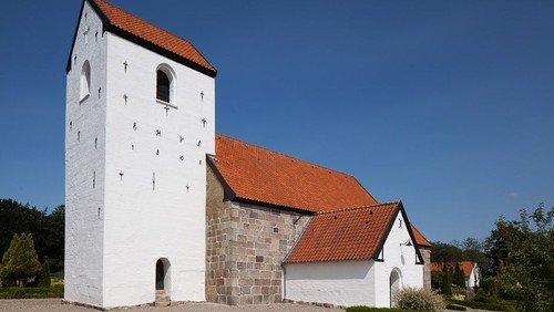 INGEN gudstjeneste  Svenstrup kirke søndag d. 25. juli