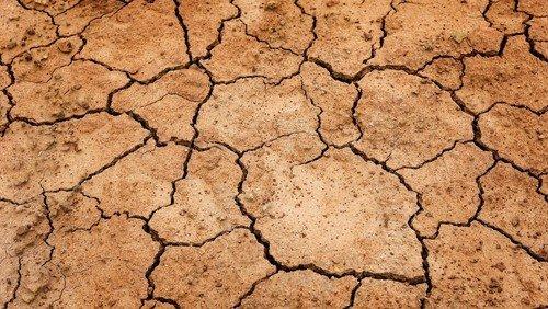 Dürre und Segen, Gott und Götze