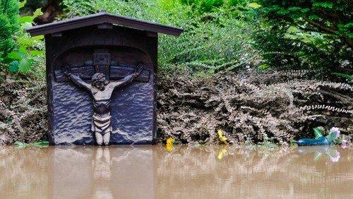 Nach der Hochwasserkatastrophe: Den meisten Menschen fehlen die Worte