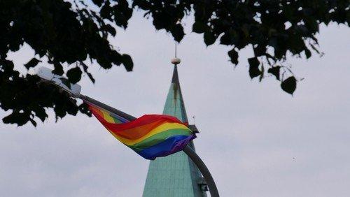 Ein Regenbogen über der Marienkirche