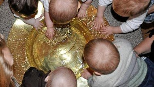Nyt babysalmesang hold i Svenstrup