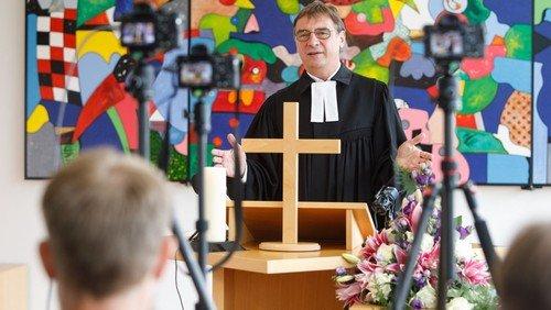 """""""Digitalisierung in Kirche und Gesellschaft"""": Zoom-Gespräch mit EKD-Medienbischof Volker Jung am 10. September"""