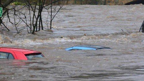 Unwetter und den Überschwemmungen