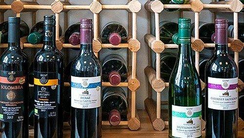 Leckere Weine gibt es im Faire-Welt-Laden