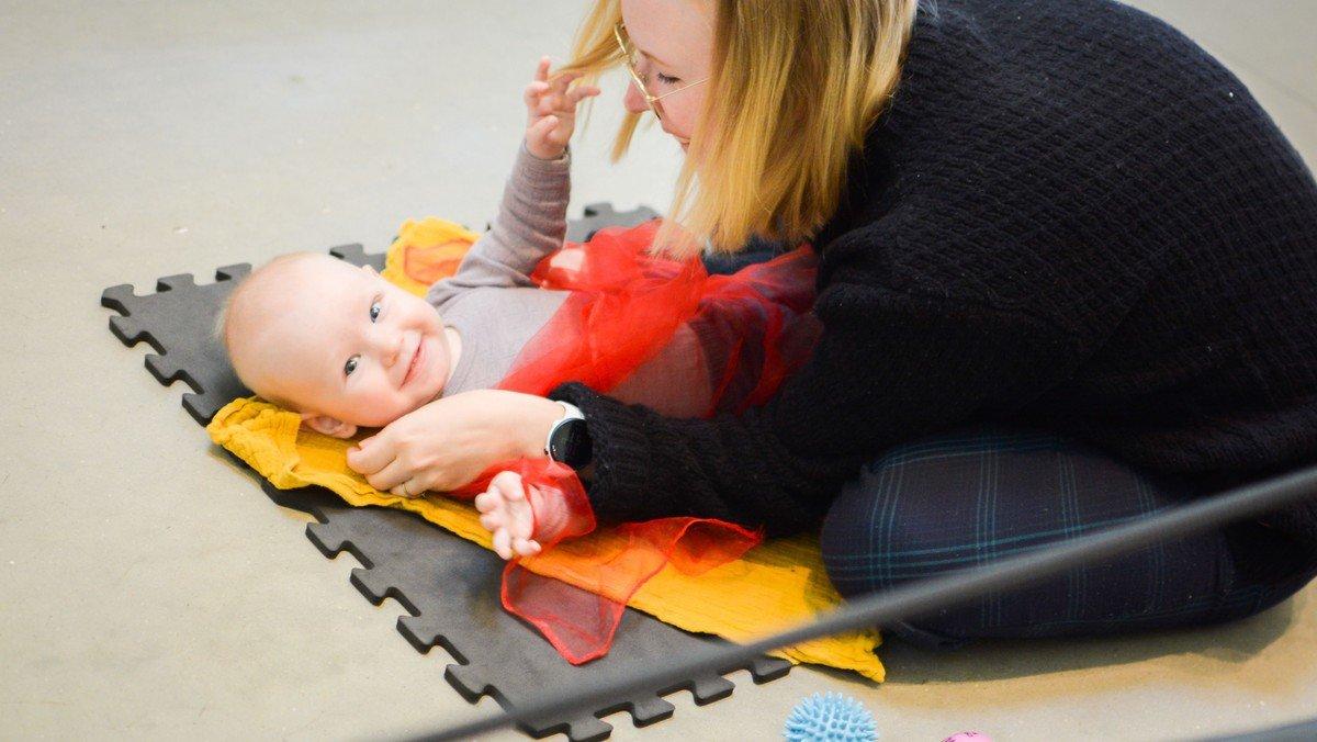 BABYSALMESANG - ET TILBUD FOR ALLE BABYER SAMMEN MED MOR ELLER FAR