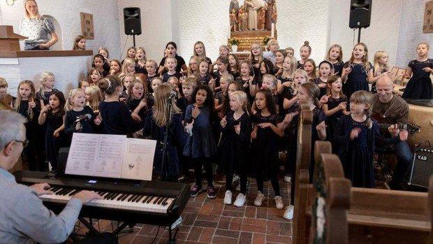 Svanen - musicalkoncert med Holte Kirkes børne- og juniorkor